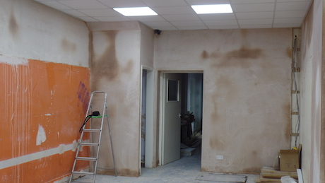 Plastered walls and the new ceiling